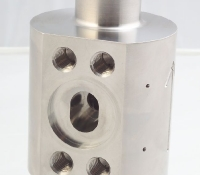 Multi-axis turning center - live tooling
